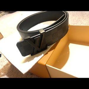 Authentic louis vuitton belt graphite black